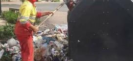 القنيطرة ..عامل نظافة يكتب رسالة مؤثرة ويدعو أبناء المدينة للمساعدة من أجل قنيطرة نظيفة متحضرة